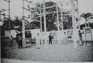 Década de los 80´, obra de infraestructura norte del Huila. En mayo de 1980 se dio servicio al segundo circuito de la línea Prado - Neiva a 115 kV con interconexión con el sistema nacional, más adelante hacía 1987 Electrohuila se independiza del Centro Regional de Sistematización y adopta sus propios desarrollos para mejorar sus procesos internos.